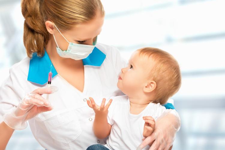 واکسیناسیون نوزاد چه مدت زمانی انجام میگیرد؟