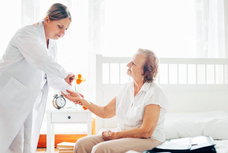سه مزیت های اعزام پزشک به منزل